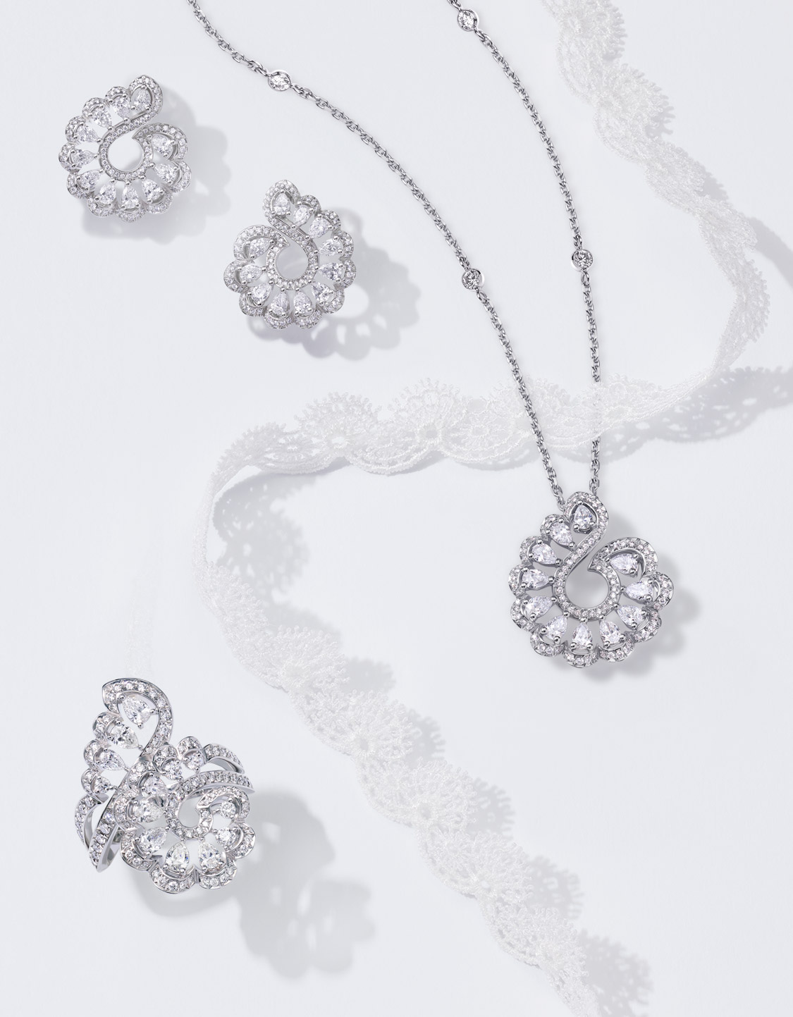 The Precious lace collection by Chopard.