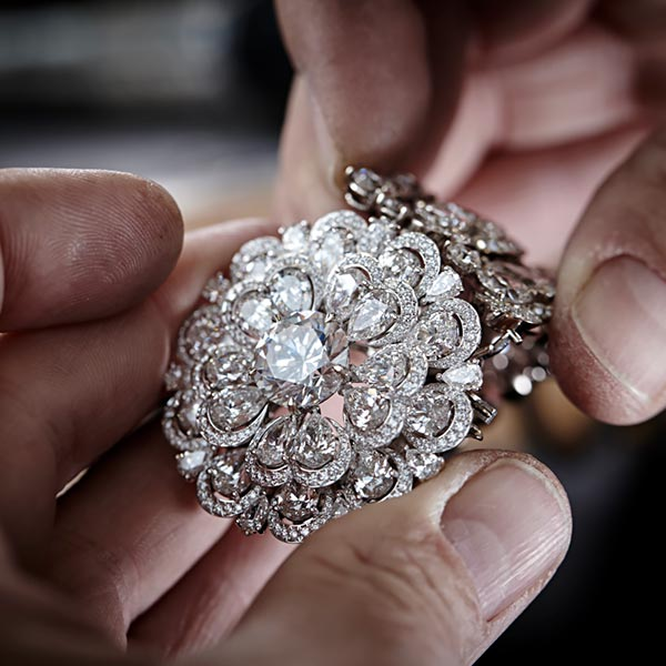 The magnificent 342-carat diamond 'The Queen of Kalahari and how Chopard used it to craft marvelous jewels. 3