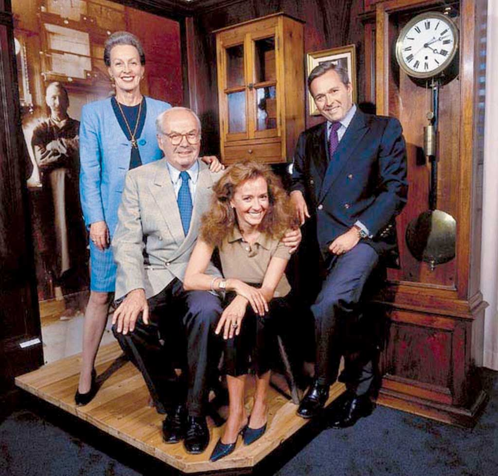 "RETURNING TO THE COMPANY'S ROOTS IN 1996, KARL-FRIEDRICH SCHEUFELE FOUNDS THE ""MANUFACTURE"" IN FLEURIER, DEDICATED TO THE PRODUCTION OF MECHANICAL L.U.C MOVEMENTS. PICTURED IS THE SCHEUFELE FAMILY IN 2002."