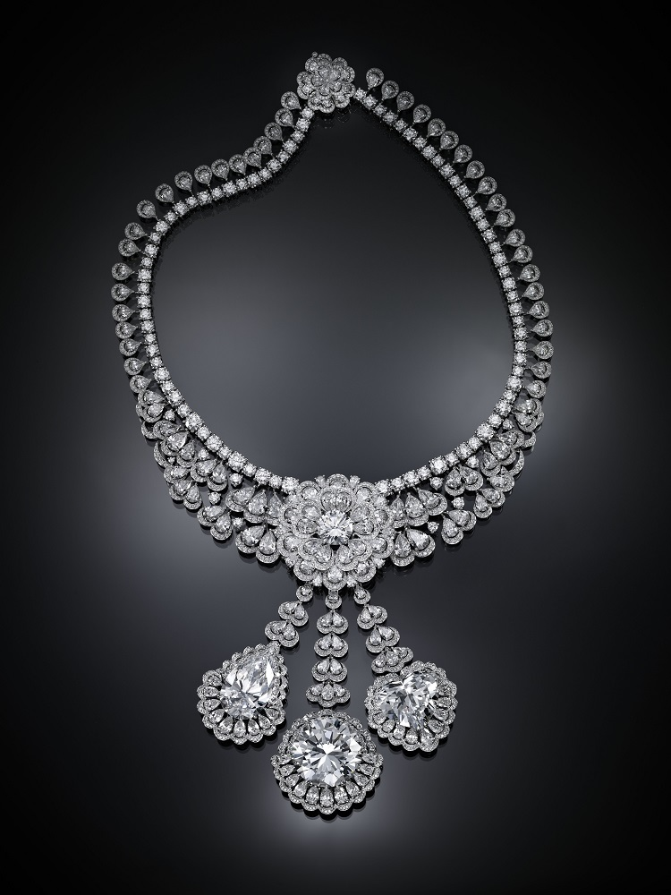Image of Queen of Kalahari necklace on black background