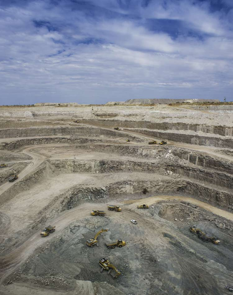 Image of Diamond quarry in desert landscape