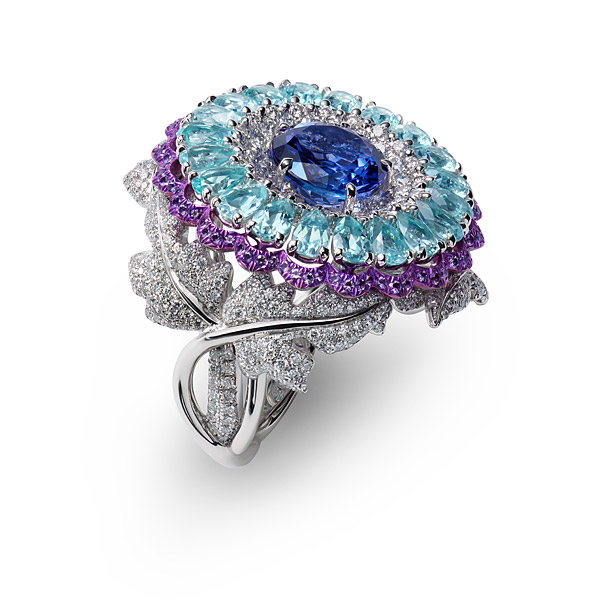 ring set with tanzanites, Paraiba tourmalines, amethysts and diamonds