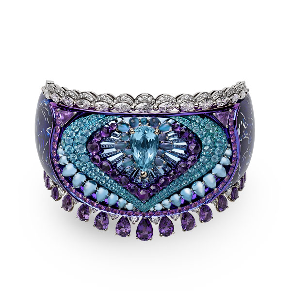 Close-up image of a bracelet set with Paraiba tourmalines, tanzanites, amethysts, colored sapphires and diamonds