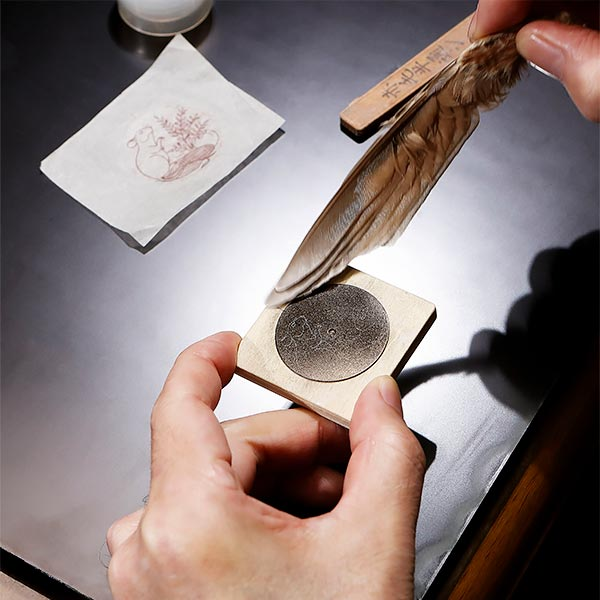 Several pictures illustrating the age-old Japanese art of Urushi lacquer in crafting the new L.U.C XP Urushi watch's dial. 1